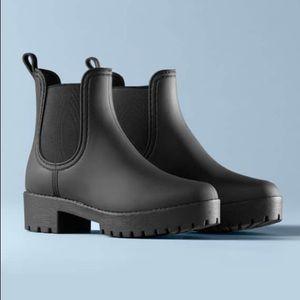 Matte Black rain boot